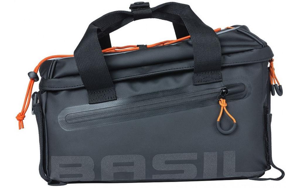 Bagagedragertas Basil Miles Tarpaulin - 7 liter - zwart/oranje